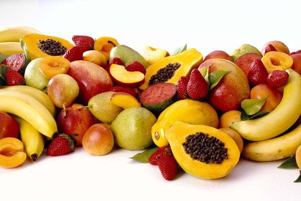 También mira de cerca cómo la luz refleja los colores de la fruta.