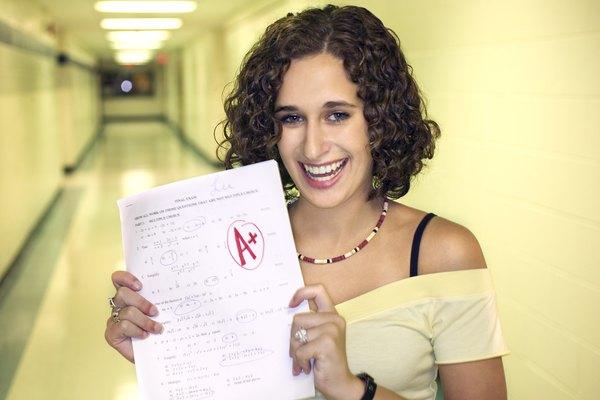 Aprende a convertir tu promedio de notas a un GPA no ponderado.