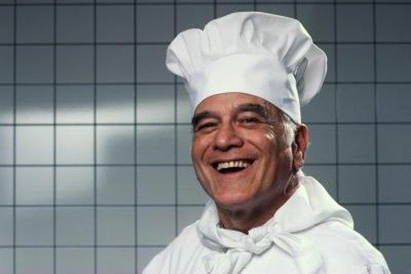 Los chefs son los que generalmente determinan los menúes de los restaurantes.