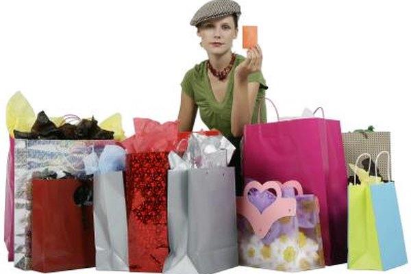 Factores macro ambientales demográficos como la edad afectan a la industria del vestido.