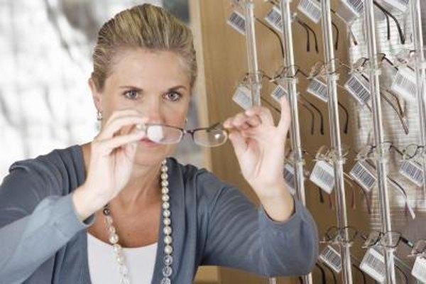 Los optometristas preescriben los mejores lentes para cada paciente.