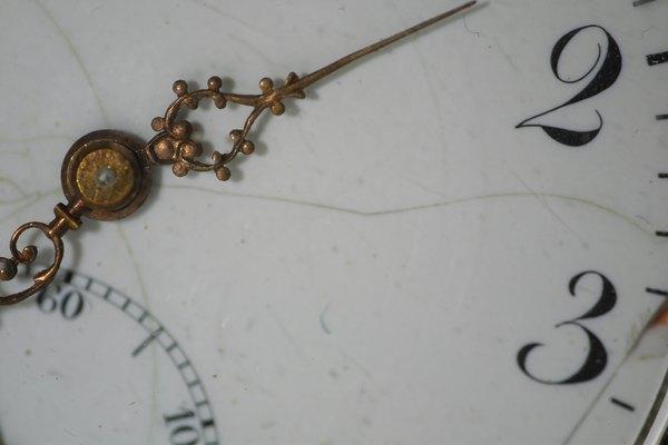 Ajusta el reloj de tu Mini Cooper.