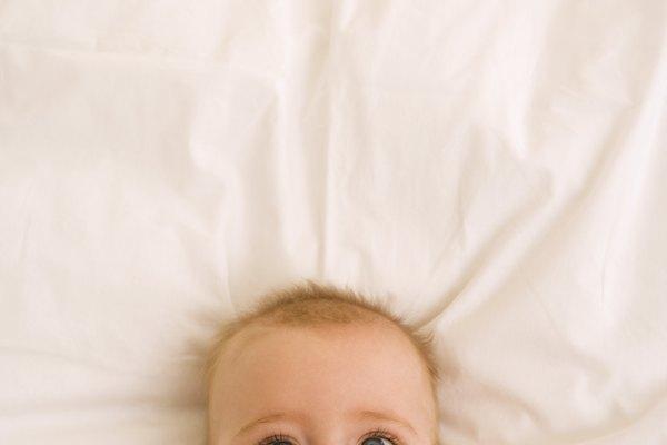 El Peekaboo no sólo es divertido para el bebé, sino que también le ayuda a desarrollar importantes habilidades cognitivas.