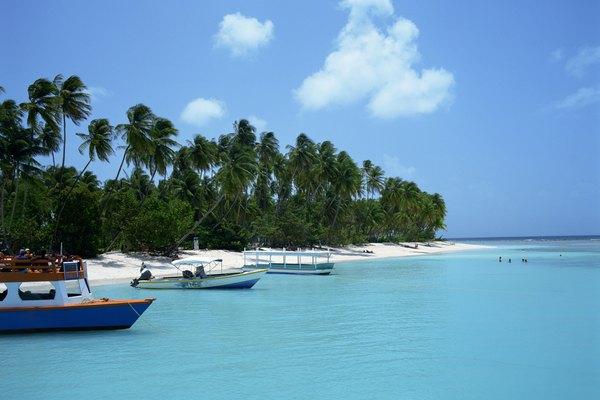 El Mar Caribe es una gran masa de agua que bordea Norte, Centro y Sur América.