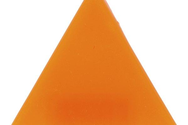 Dibuja un triángulo cómo guía