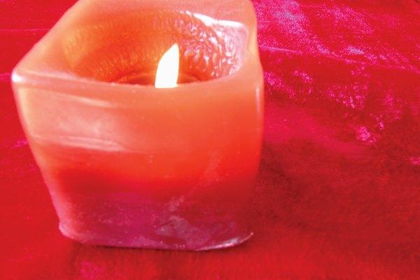 Elige bien el tipo de cera que requieres para las velas de tu proyecto particular.