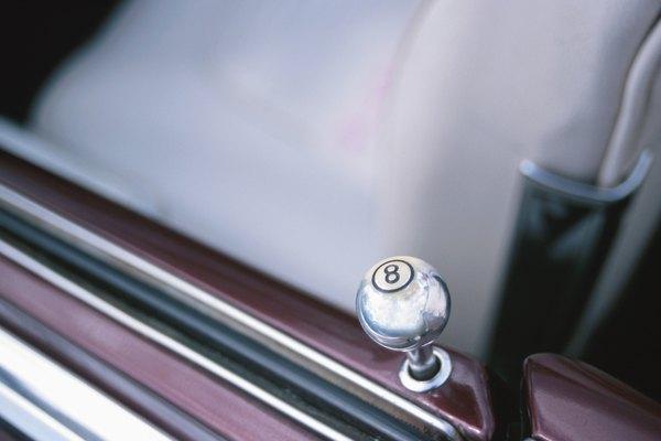 Códigos de seguridad para abrir puertas de autos.
