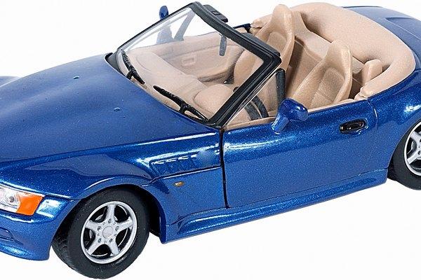 Modelos de autos de fibra de vidrio.