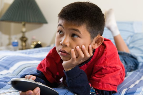 the influence of television on the behavior of children Children who observe an adult acting violently tend to follow suit when they are frustrated violent games appear to be effective teachers of aggressive attitudes research has failed to show a.