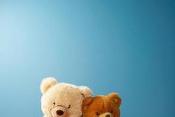 Parecen ser lo suficientemente inocentes, pero los juguetes de hoy en días no son lo suficientemente seguros.