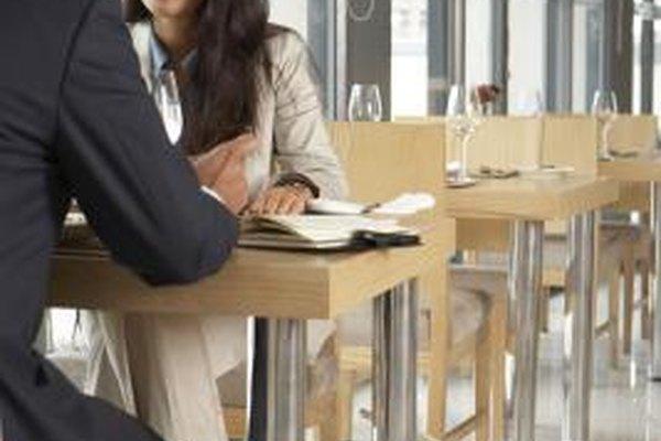 Los restaurantes deben contar con el personal adecuado incluso cuando el negocio es lento.