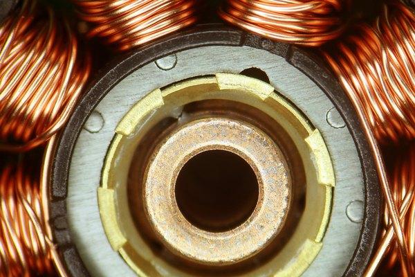 El estator de un motor eléctrico puede contener varias bobinas de cable estrechamente enrollados.