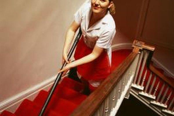 Los deberes del asistente de limpieza incluyen la atención, supervisión y organización de eventos.