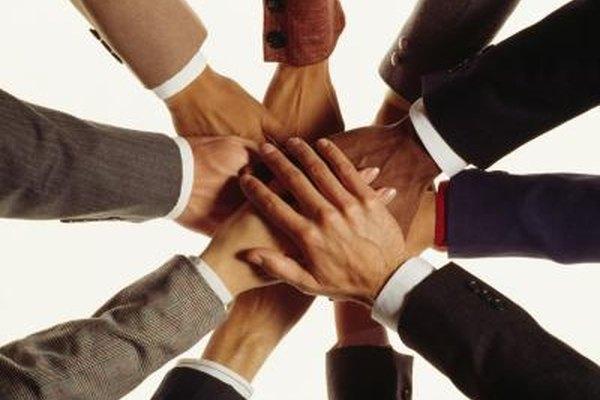La cooperación y comunicación llevan a la innovación.