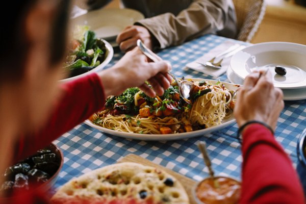 El espagueti funciona para un grupo grande a un costo razonable.