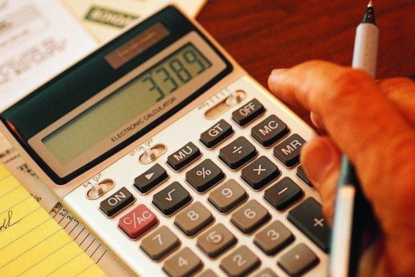 Obtener la media, mediana, moda o rango de un grupo de números es relativamente sencillo.