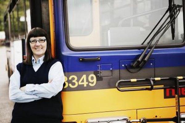 El BLS reportó en 20110 que el 54% de los choferes de ómnibus trabajaba tiempo completo.