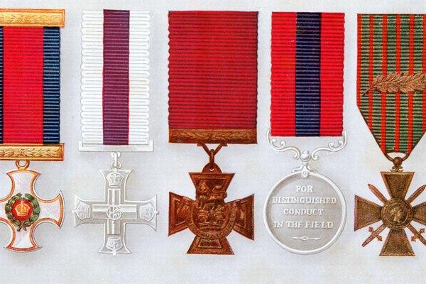 Las medallas pueden ser reliquias familiares.