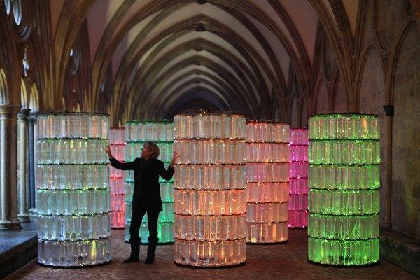 Las posibilidades para hacer esculturas con material reciclado son virtualmente ilimitadas.