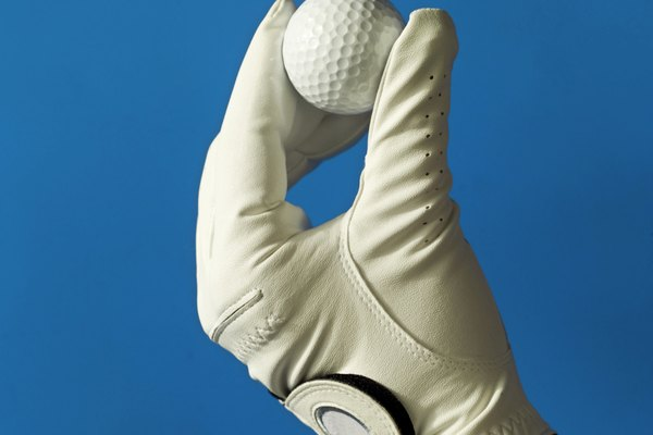 Gira a la izquierda la tuerca pequeña para disminuir la tensión del hilo.