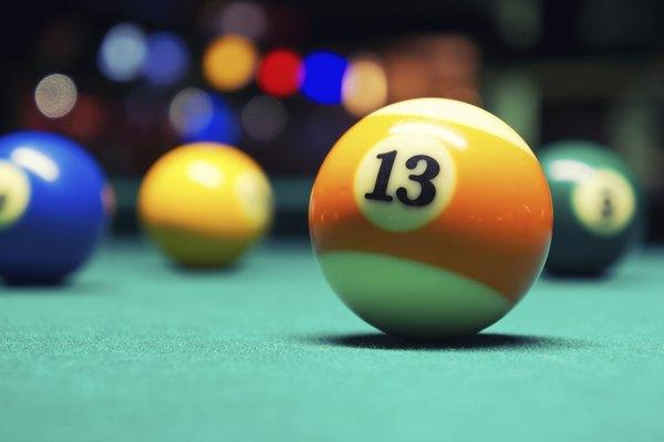 Las bolas de la 9 a la 15 son rayadas.