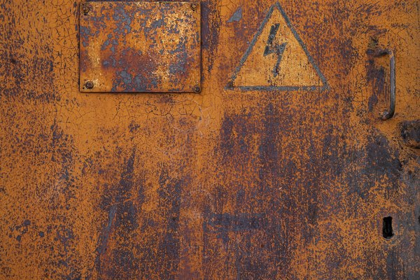 Metal oxidado.
