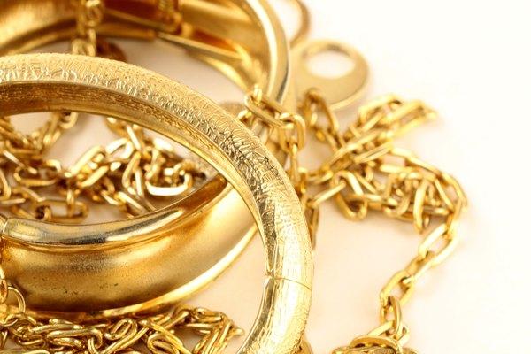 El oro se encuentra disponible en diferentes quilates.