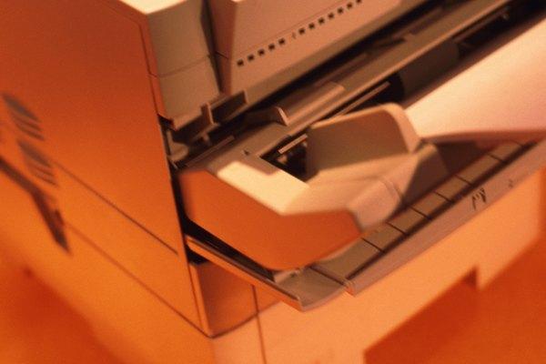 Imprimir diseños sobre papel de calcar es una opción sencilla y original.