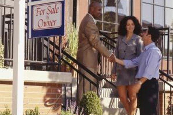 Los bienes raíces pueden ser una carrera lucrativa para vendedores motivados.