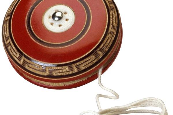Cambia las cuerdas desgastadas, deshilachadas y rotas de tu yo-yo
