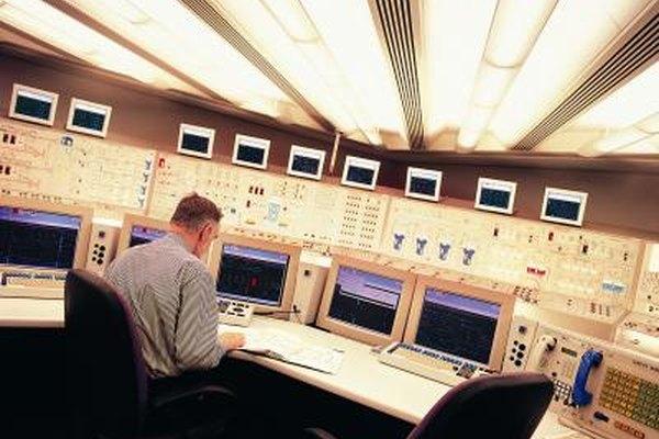 Las plantas de energía nuclear crean cientos de empleos bien remunerados.