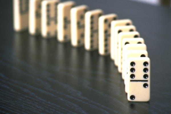 Diferentes tipos de juegos de dominó.