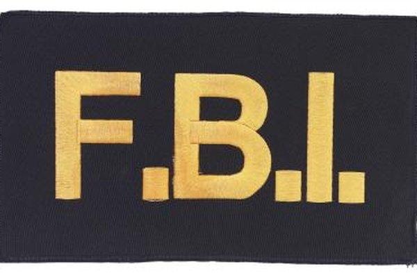 Los agentes del FBI deben cumplir la ley a nivel federal.