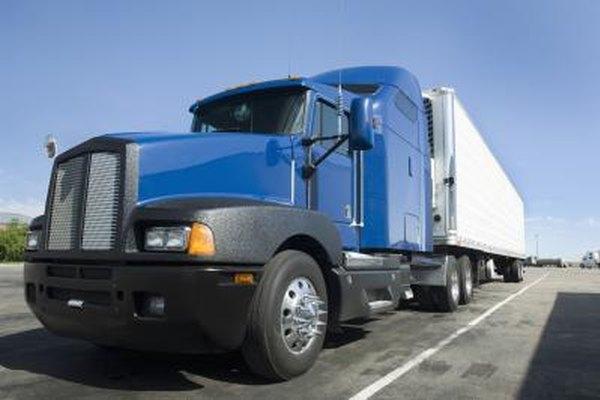 El negocio de los camiones de carga lleva cargas simples bajo un contrato.