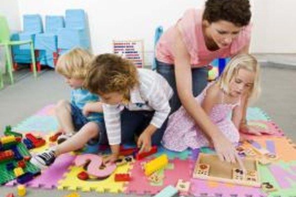 El entrenamiento puede ayudar a los profesores a aprender actividades creativas para utilizar con niños en edad preescolar.