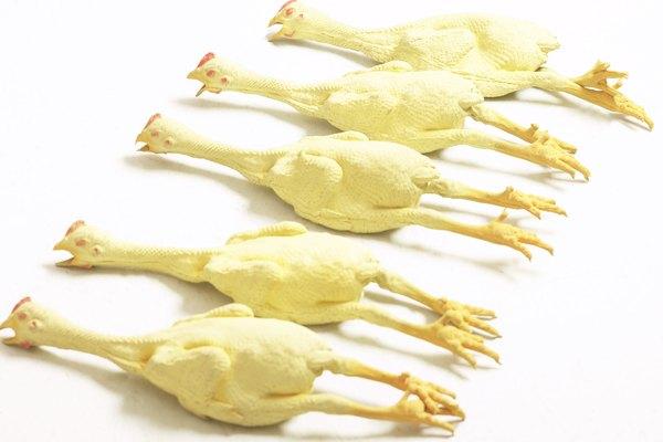 Prepara el pollo cocinado para el refrigerador lo antes posible.