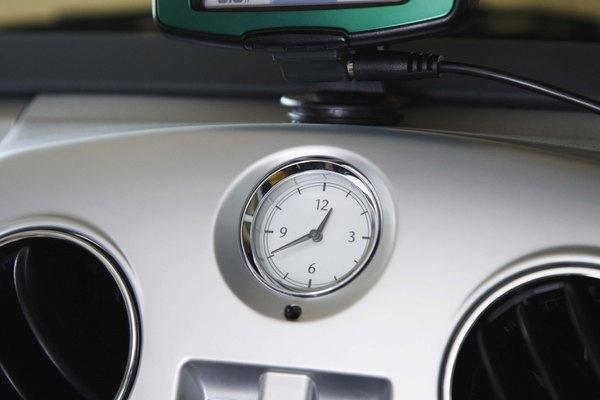 Mantén el tablero de tu automóvil chispeantemente limpio.