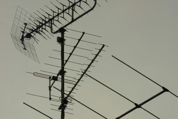 FM antennas need to be grounded for optimal operation.