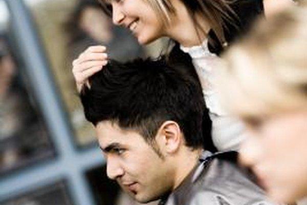 La mayoría de los salones servirán tanto a los hombres como a las mujeres.