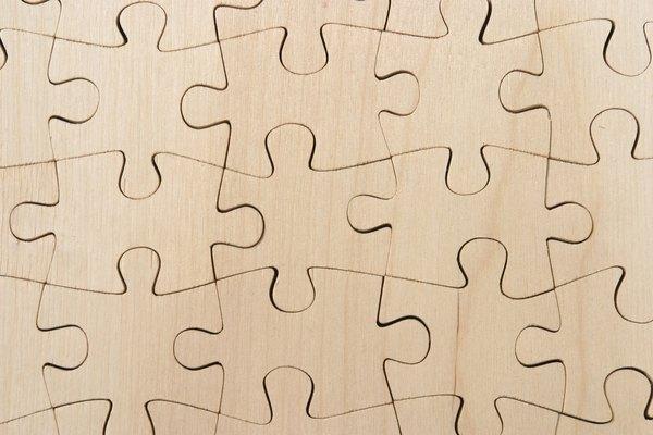 Haz un rompecabezas con alambre nuevo o reciclado.