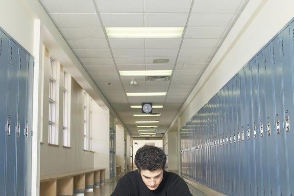 Un documento solicitado por tu posible empleador puede ser el que establece que has finalizado la escuela secundaria.