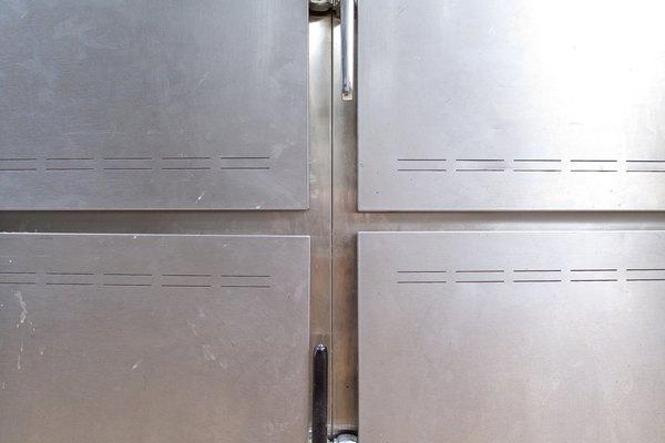 Almacena el recipiente en un lugar fresco, tal como un refrigerador.