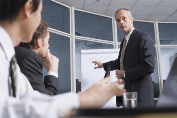 Los planes de negocios, marketing y ventas van de la mano al manejar un negocio.