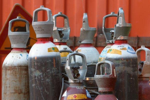 Ahorra dinero llenando tú mismo los tanques de aire/CO2 comprimido.