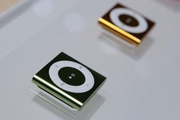 Tu iPod shuffle permite tres métodos diferentes de carga.