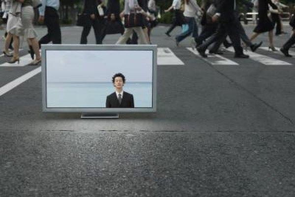 La televisión es un excelente medio para comercializar tu producto.