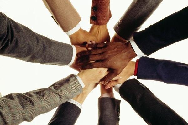 Los ejecutivos de seguridad y salud laboral aseguran que la organización cumple con los planes de seguridad.