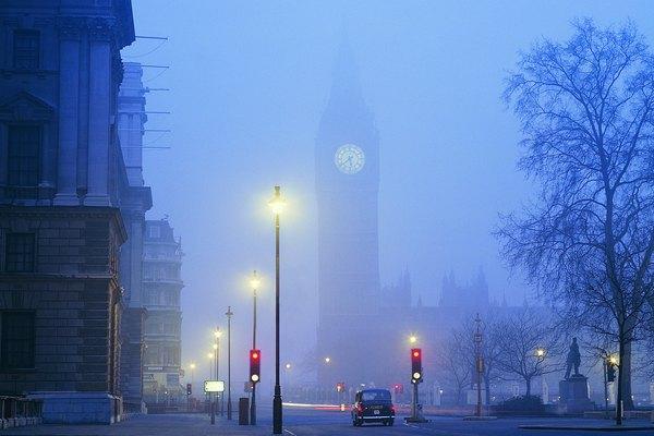 La niebla representa un gran desafío para los conductores.