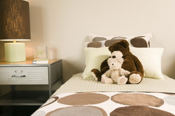 Bedroom with teddy bears