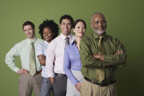 El HSE supervisa la formación de los trabajadores en relación con la seguridad y el cumplimiento de los planes de seguridad.